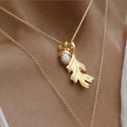 ole.lynggaard.copenhagen.fine.design.collier.chain.necklace.yelow.gold.pendant.golden.forest